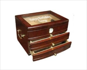 ANEDesigns Personalized Mahogany Finish Humidor with Glass Top - Viceroy