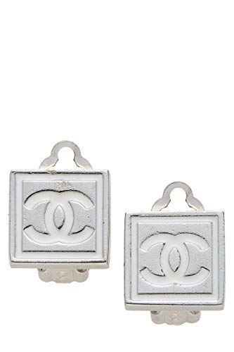 CHANEL Silver 'CC' Clip On Earrings (Pre-Owned)