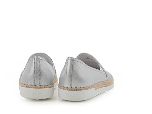 Zapatillas de slip-ons mujer de tod en cuero plata - Número de modelo: XXW0TV0J970GRSB200 plata