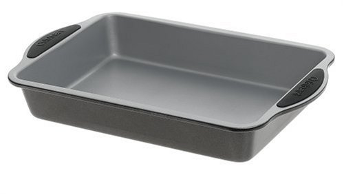 Cuisinart SMB-139CP Easy Grip Bakeware 13-Inch by 9-Inch Cake Pan Easy Grip Bakeware