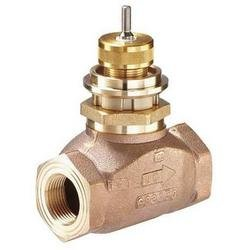 Globe Valve, 2-Way, NC, 1 In, (F)NPT by Johnson Controls, Inc.