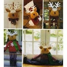 UNCUT & OOP McCALL'S CRAFTS 2444 CUTE REINDEER HOLIDAY DECORATIONS: GREETER, WALL/DOOR HANGING, CHRISTMAS STOCKING, DOOR KNOB HANGER & FLOOR/WINDOW DRAFT SEWING PATTERN