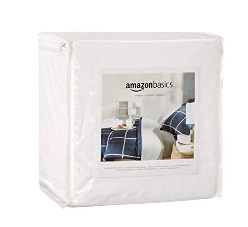 AmazonBasics Fully-Encased Waterproof Mattress Protector - C