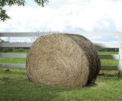 Hay Chix Large Bale 1 3/4 6x6 Hay net L134X6 by hay chix