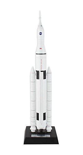 - Executive Series Models Space Launch System Model Kit (1/200 Scale)