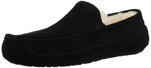 UGG Men's Ascot Slipper, Black Suede, 09 M US ()
