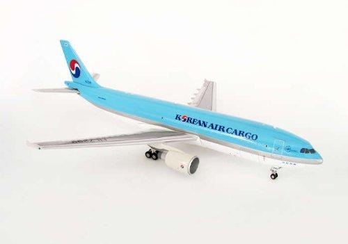 jc-wings-1-200-jc2kal033-korean-air-cargo-a300
