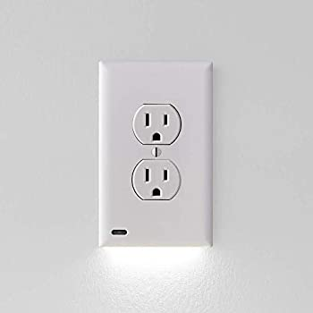 1 Pack SnapPower Guidelight - Outlet Wall Plate With LED