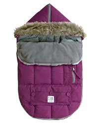 7 A.M. Enfant Le Sac Igloo 500 Bunting in GRAPE-Medium by 7A.M. Enfant