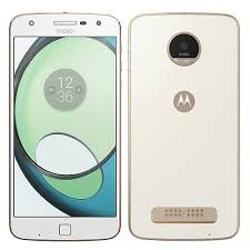 (Certified REFURBISHED) Motorola Z Play XT1635-02 (White, 32GB) Smartphones at amazon