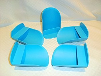 (5 Tupperware Canister Scoops (Color of scoops many vary from picture))