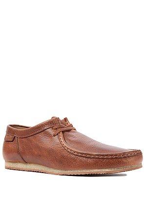 Clarks Originals Men's The Wallabee Run Shoe 9 Beige