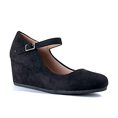 Guilty Shoes Guilty Heart | Womens Classic Mary Jane Shoe | Comfortable Walking Round Toe Black Size: 5.5
