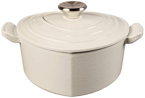 Le Creuset L25C1-0216S Heart Shaped Dutch Oven With Stainless Steel Knob, 2.25 qt, White