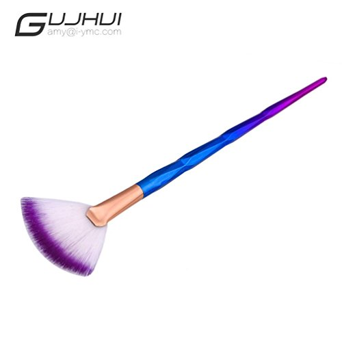 makeup-brushnomeni-fan-brush-diamond-portable-slim-professional-makeup-brush