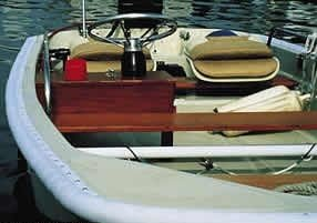 Taylor Made Products GG1.53Q.50 Dockguard Boat 3/4 Round Gunnel Guard (1.5