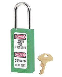 Master Lock Green 1 1/2'' X 3'' Zenex Thermoplastic Bilingual Lightweight Safety Lockout Padlock With 1/4'' X 1 1/2'' Shackle (6 Pack)