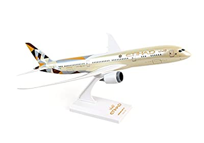 Daron Skymarks Etihad 787-9 Airplane Model (1/200 Scale)