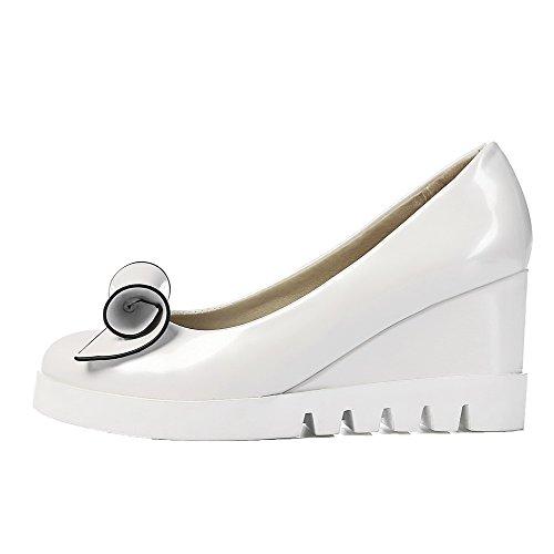 Kattunge Hæler Kvinners sko Runde toe on Solide Pumper Pu Pull Voguezone009 Hvit qwt4gHq