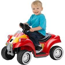 Kid Trax Disney Mickey Mouse Hot Rod Quad 6-Volt Battery-Powered Ride-On
