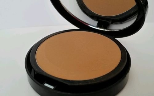 bareMinerals bareSkin Perfecting Veil - Tan to Dark - Contains Minerals 9g
