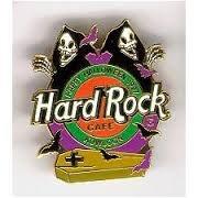 HARD ROCK CAFE KOWLOON HALLOWEEN PIN 1997]()