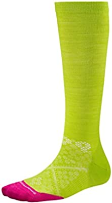 c682a3c8a6 Smartwool Women's PhD Run Graduated Compression Ultra Light Socks (Smartwool  Green) Medium