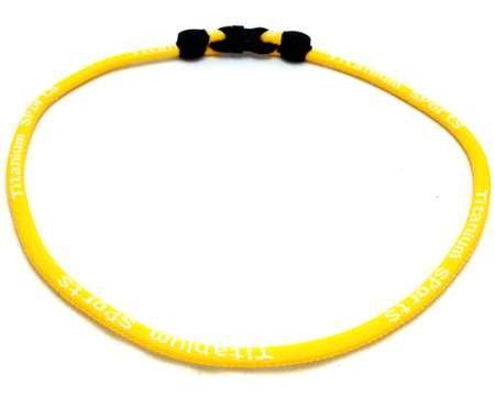 Single Titanium Necklace (Yellow, 22 inch) (Mlb Titanium Necklace)