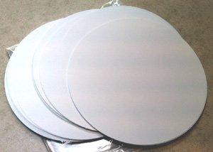 - 100 White Paper Die-Cut Circles 9.75 inch diameter