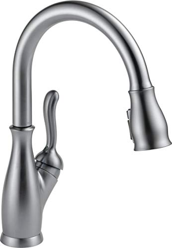 Delta Faucet Leland Single-Handle Kitchen Sink Faucet with Pull Down Sprayer, ShieldSpray Technology and Magnetic Docking Spray Head, Arctic Stainless 9178-AR-DST (Renewed) ()