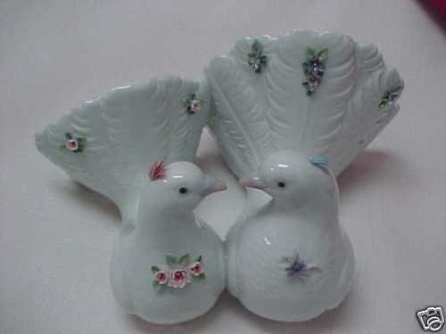 Lladro Couples of Doves with Flowers 6359 Hand Made in Spain 1996 by Lladro