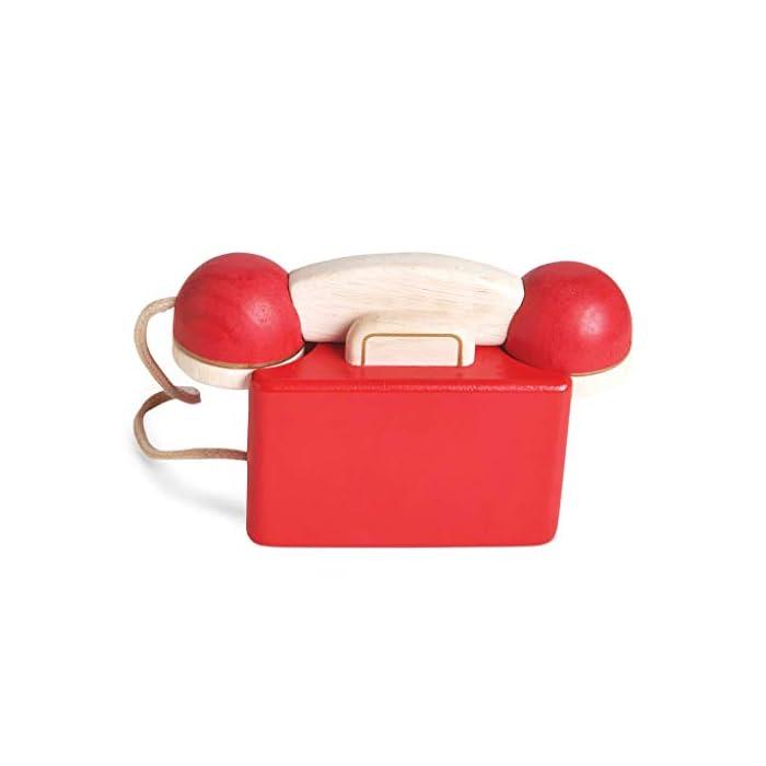 31DGs6hW8rL Estilo retro hermosamente construido: a tu pequeño le encantará este juguete de juguete de madera para teléfono de rol. Con una campana dentro del teléfono para la diversión del juego de rol. Los dígitos escritos y la rueda giratoria realista fomentan el reconocimiento de números. Hecho de madera de goma pintada en rojo icónico y acabado con un toque de oro de lujo. Ideal para jugar interactivo: a los niños les encanta jugar junto con este brillante y colorido escenario y juego de rol. A medida que fomenta la imaginación creativa, el desarrollo social y del lenguaje, así como el desarrollo del reconocimiento del color estimulando la imaginación de tu pequeño. Diseño destacado y brillante pintado: con su hermoso, chispa creatividad, diseño nostálgico, el juguete de madera para jugar a roles del teléfono de juguete permite a los niños tomar recuerdos felices e incorporarlos a un ambiente de juego positivo. Un gran regalo divertido para niños o niñas a partir de 3 años.