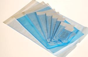 CROSSTEX STERIZATION POUCHES SELF SEALING 4 25'' x 11'' Pouch, 200/bx, 10 bx/cs by Crosstex (Image #1)