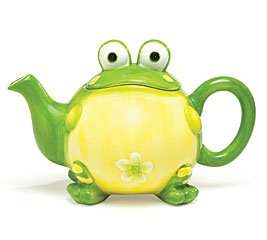 Adorable Toby the Toad/Frog Teapot For Kitchen Decor, Green, 32 oz