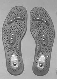MAG-INSOLE/LARGE - MAGNETIC INSOLES WITH CHINESE ACCPRESSURE POINTS FOR MASSAGE