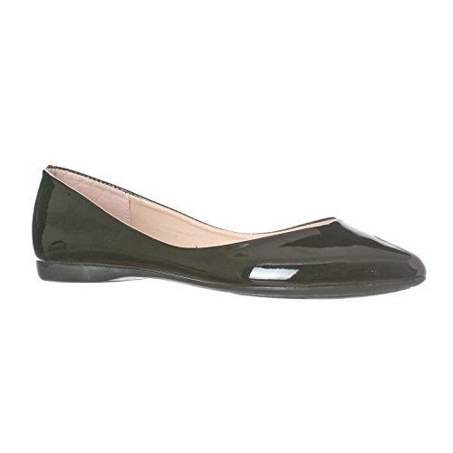 Riverberry Women's Ella Basic Closed Pointed Toe Ballet Flat Slip On Shoe, Black Patent, 7.5