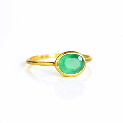 Tiny Oval Emerald Green Onyx Ring Bezel Set in Sterling Silver or Vermeil Gold, May Birthstone Ring [rOSB] Bezel Set Oval Onyx Ring