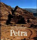 Front cover for the book Petra by Maria Giulia Amadasi Guzzo