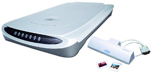 Microtek ScanMaker 4900 Flatbed Scanner by Microtek