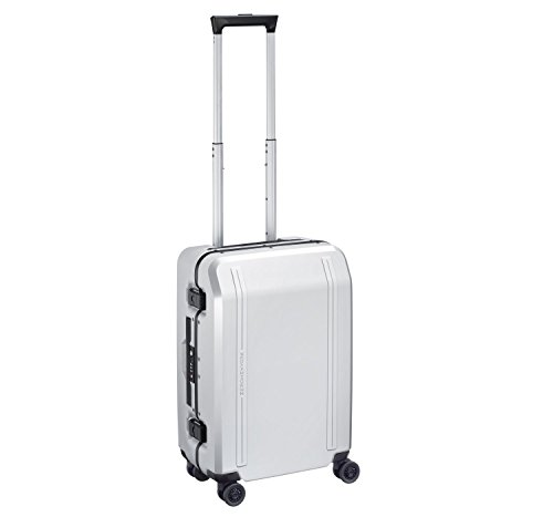 zero-halliburton-new-york-19-carry-on-4-wheel-spinner-white
