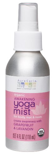 Aura Cacia Organic Body, Mat and Room Yoga Mist, Awakening Grapefruit and Lavandin, 4 Fluid Ounce (Aura Cacia Mist)