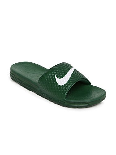 7eb944ed23c8 NIKE Men s Green Flip Flops -US 8 UK 7  Buy Online at Low Prices in ...