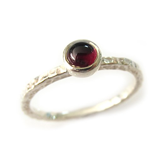 ZilverPassion Round Cabochon Garnet Sterling Silver Stackable Hammered Band Ring, January Birthstone, Size 2-15