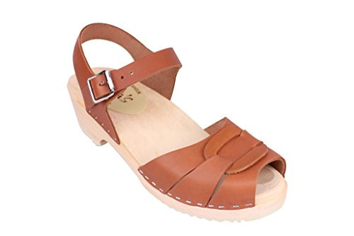 Lotta From Stockholm Swedish Clogs : Low Heel Peep Toe Clogs in Tan Leather NfX2Lp1bV