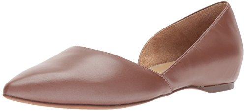 - Naturalizer Women's Samantha Pointed Toe Flat, Caramel, 6.5 W US