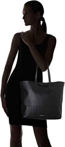 porté Noir Klein main Sac Michelle Shopper Black Calvin 6PTwq4fxx