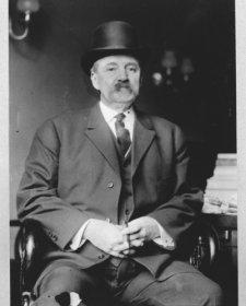 1911 photo Albert Baird Cummins, Senator from Iowa, three-quarter length port a9