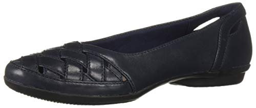 CLARKS Women's Gracelin Maze Loafer Flat Navy Leather 085 W - Dress Clarks Shoes