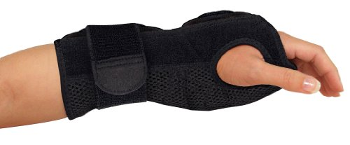 Mueller Sports Medicine Night Support Wrist Brace, Black, One Size Fits Most