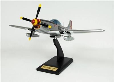 """P-51D Mustang """"Glamorous Glen"""""""